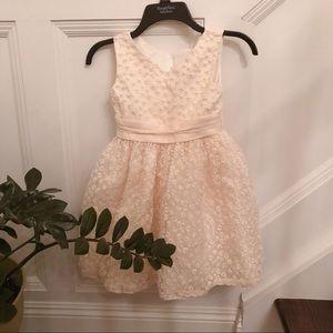 Other - Gorgeous cream dress
